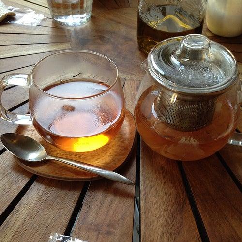 O chá pode ser uma boa alternativa para aproveitar os benefícios do gengibre