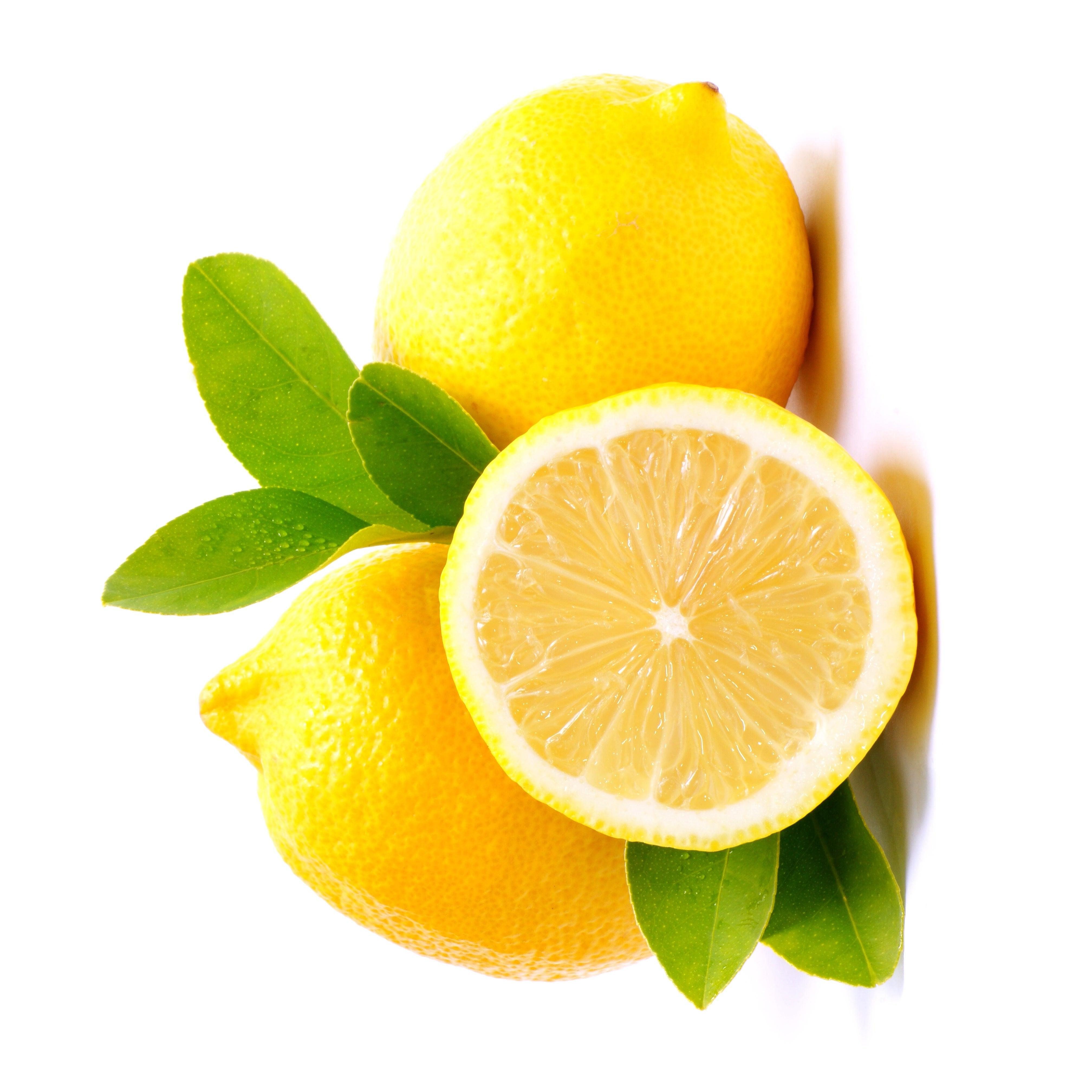 Vitaminas ao consumir limão com casca