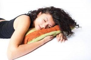Dormir bem alivia a ansiedade por doces