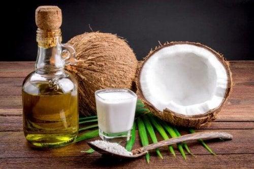 Óleo de coco: mil e uma utilidades na área da estética