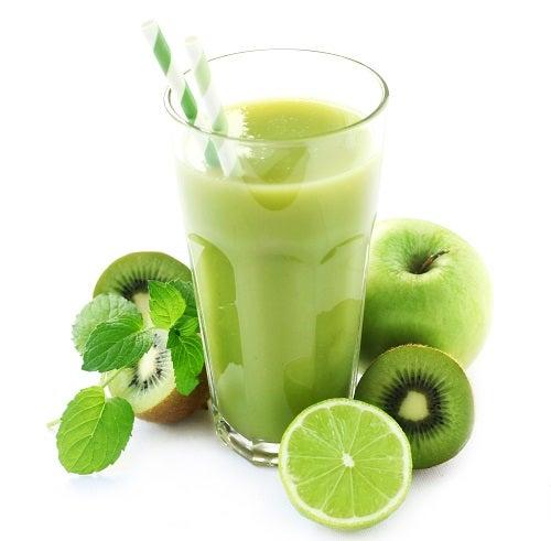 Suco verde com antioxidantes
