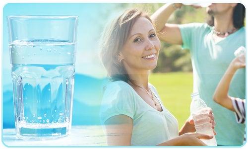 Beber bastante água para limpar o fígado
