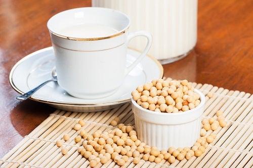 freshly brewed soybean milk
