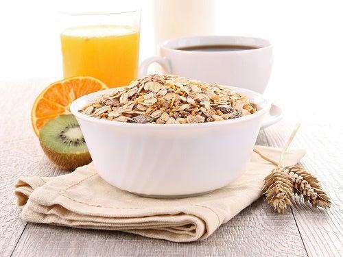 Café da manhã que ajuda a perder 10 kg em pouco tempo