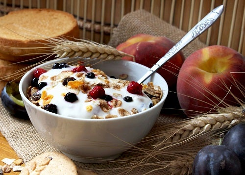 muesli with yogurt,healthy breakfast rich in fiber