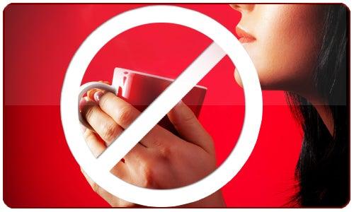 parar com café para limpar o fígado