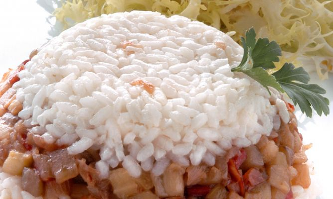 Berinjelas confeitadas com arroz branco ajudam na prisão de ventre