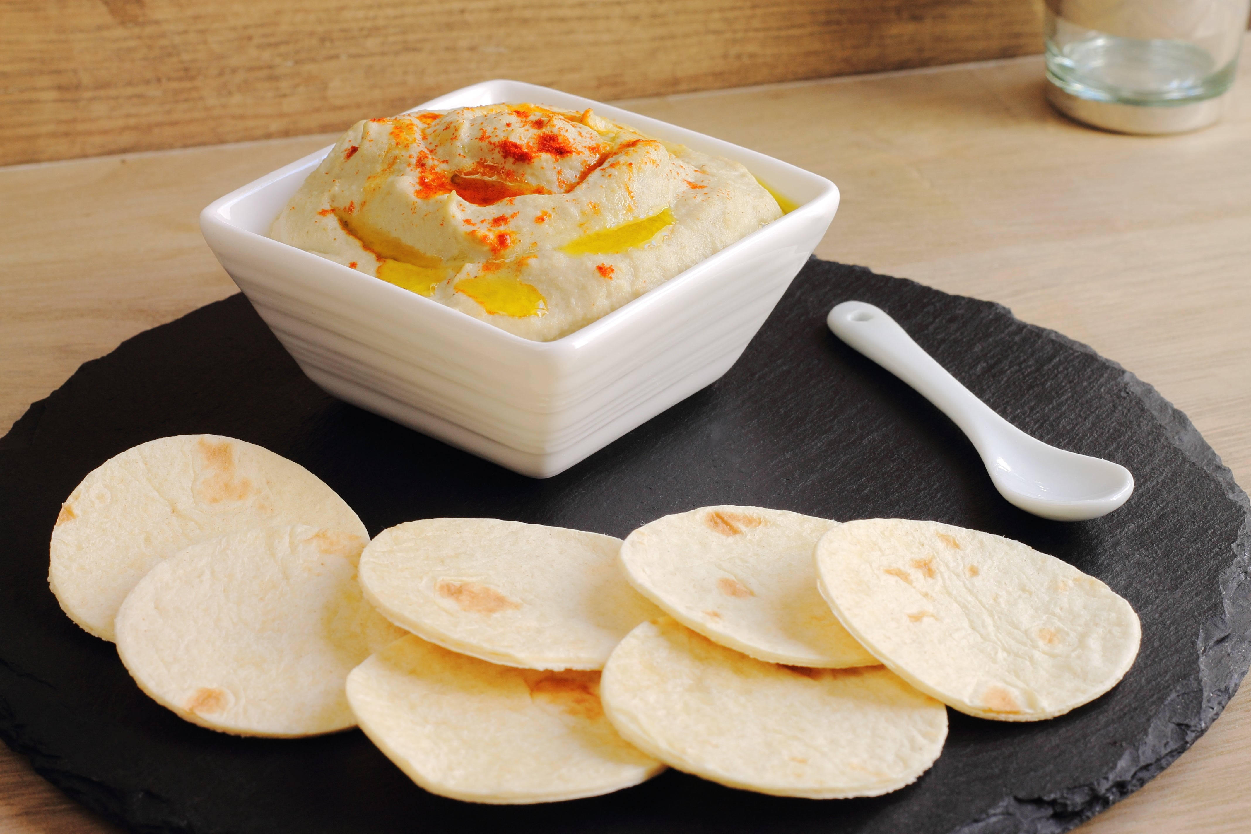 Baba ghanoush, traditional Arabic dip or spread with pita bread