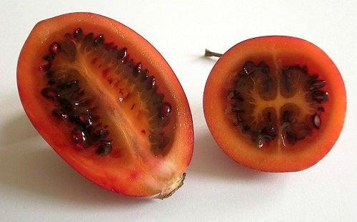Tamarillo está entre as melhores frutas para sua dieta