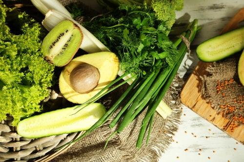 abacate para recuperar a flora intestinal