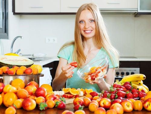 Consumir frutas para melhorar a endometriose