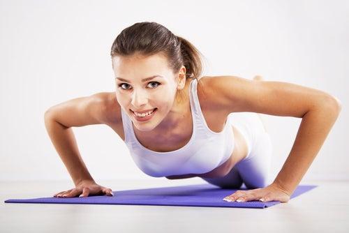 flexões para evitar a flacidez dos braços