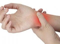Tratamento natural para mãos e pulsos doloridos