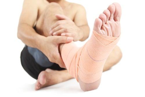 Lesão no calcanhar causa inchaço
