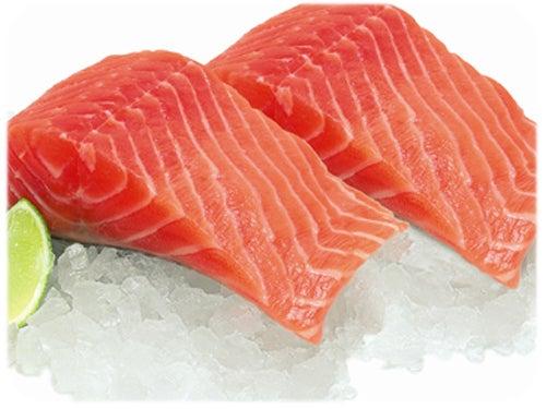 O salmão é uma espécie marinha que devido a suas propriedades nutricionais deve ser incluído na dieta de quem sofre de osteoporose ou colesterol alto.
