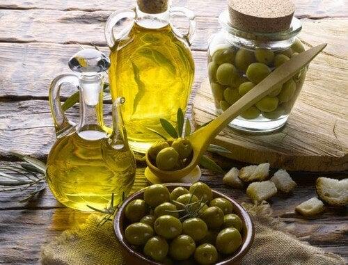 O azeite de oliva pode te ajudar a manter a boa aparência