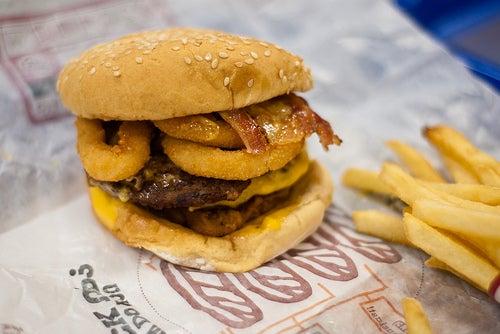 hambúrguer calórico