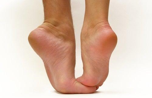 Quais as consequências de usar sapatos altos?