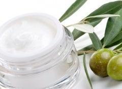 Creme-natural-de-azeite-de-oliva-591x325