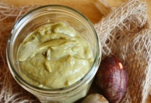 tratamento contra as pontas secas com creme de abacate