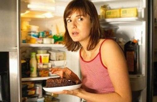 Como controlar a ansiedade por comida?