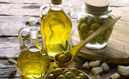 azeite de oliva para remover a cera de ouvido