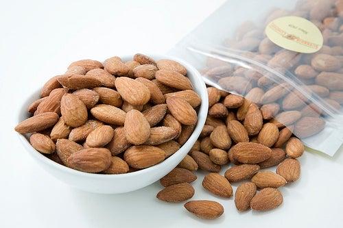 Amêndoas ajudam a reduzir a gordura abdominal
