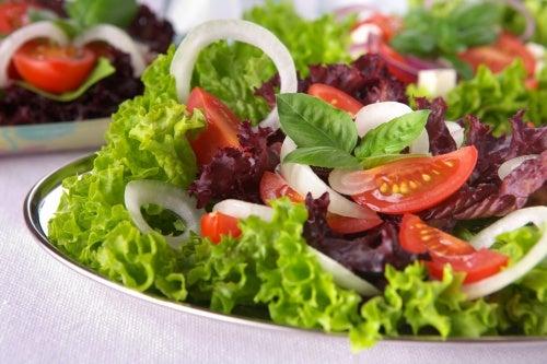 saladas na alimetação