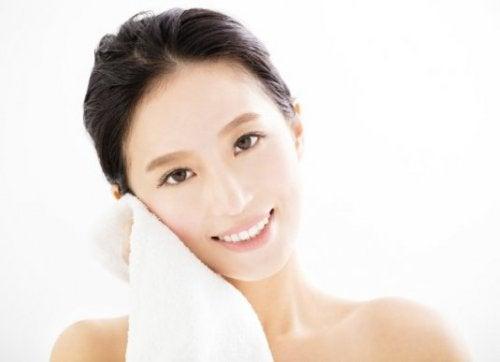 Conheça um tratamento caseiro para a acne