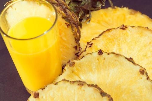 Abacaxi é um dos alimentos saciantes para perder peso