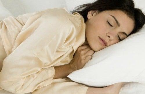 Dicas para dormir bem depois de um dia cansativo