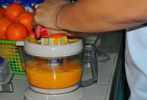 Sucos que ajudam a limpar o intestino