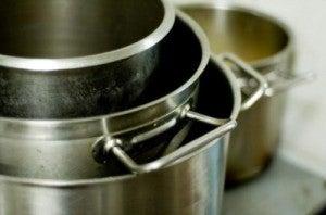 limpador de panelas de azeite de oliva