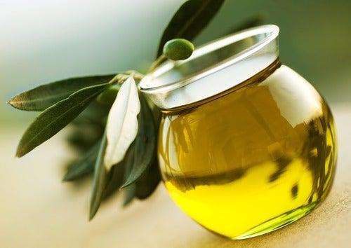 Azeite de oliva para os cabelos