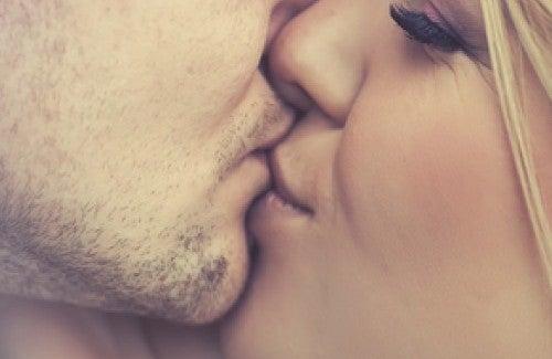 Curiosidades sobre os beijos que você não conhecia