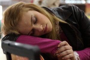 Dormir pouco é um hábito que pode prejudicar seu cérebro