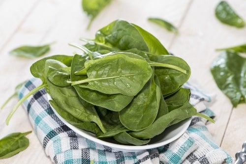 Benefícios do espinafre que você desconhece