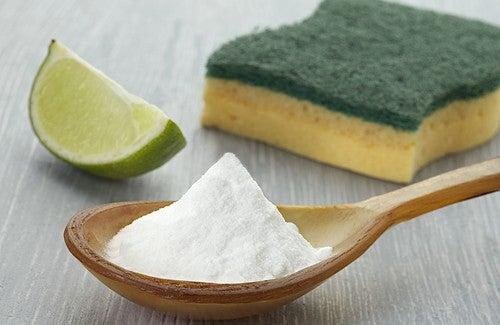 Como limpar a casa com bicarbonato de sódio?