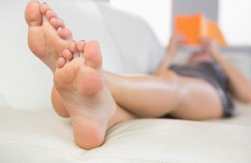 Remédios caseiros para evitar a transpiração dos pés
