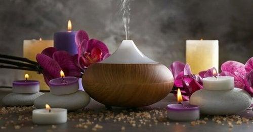 As sessões de aromaterapia podem ajudar a tirar a energia negativa da casa