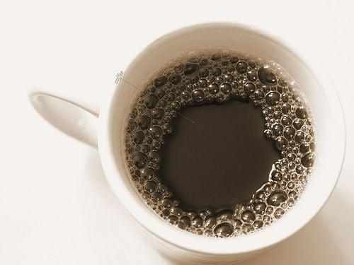 Café em excesso faz mal aos ossos