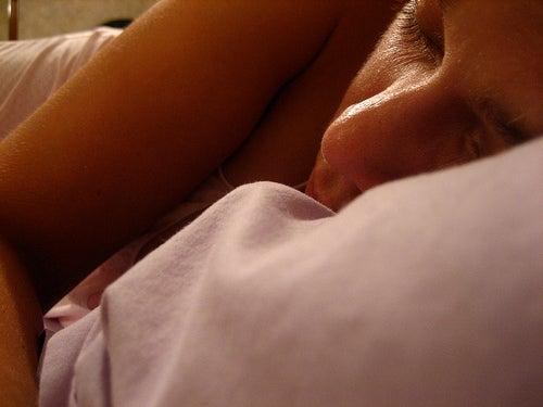 O que a posição de dormir diz sobre nós