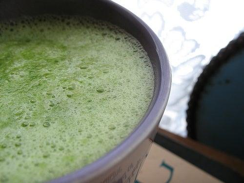 Batida verde no café da manhã