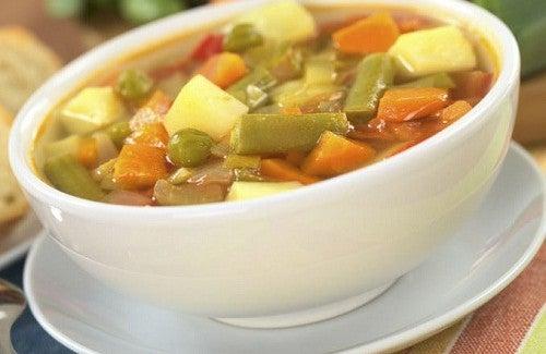 Sopa de verduras: 4 receitas deliciosas