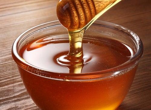Receita com mel para os cabelos
