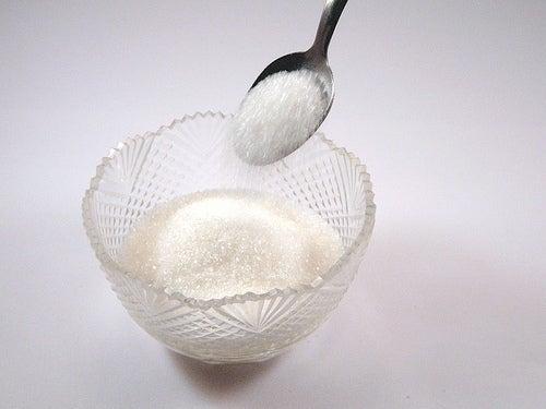 Açúcar branco contribui para o aparecimento de celulite