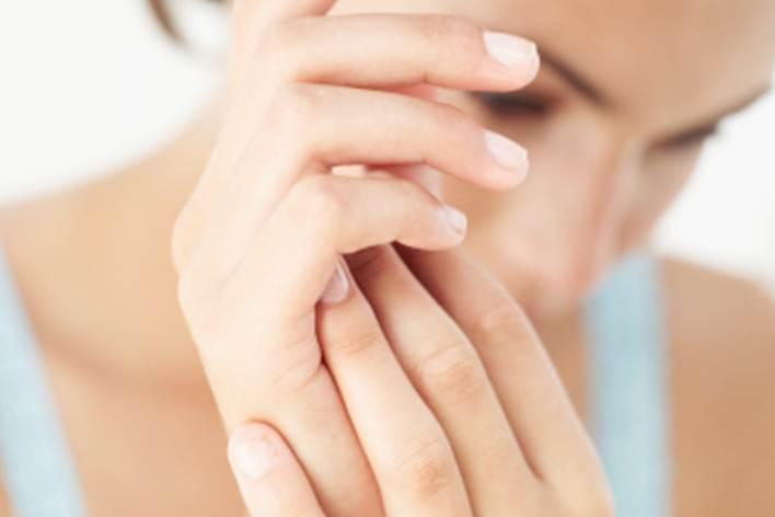 Retenção de líquidos pode causar dormência das mãos