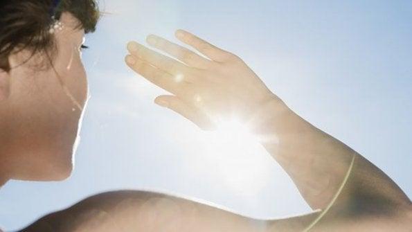 Sol em excesso faz mal a pele