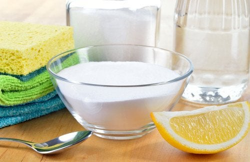 Os melhores produtos naturais para limpar a casa