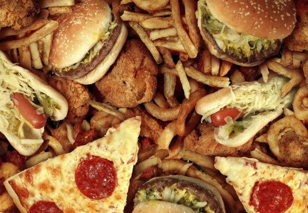 Fast food: pizza e hambúrguer